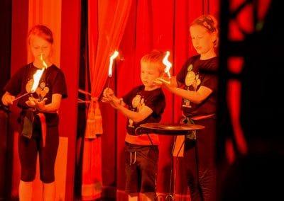 Feuershow im Zelt
